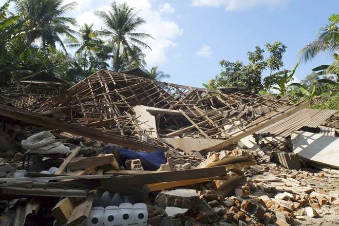 Indonesia gets hit by earthquake