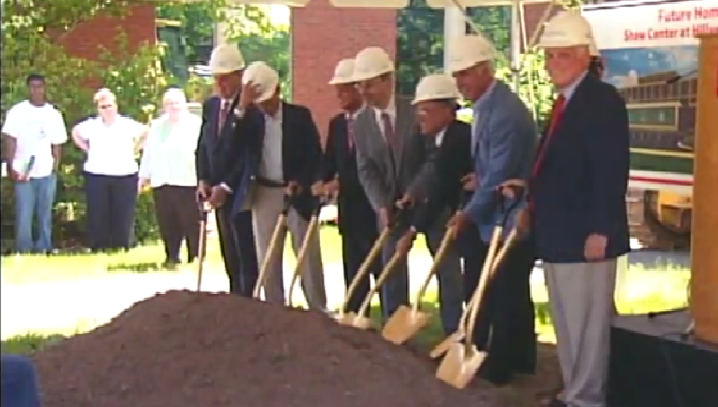 Univeristy Breaks ground on Shaw Center