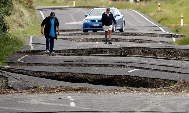 Earthquake impacts New Zealand