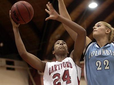 Womens Basketball Team Wins Home Opener