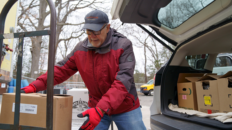 Helping Hand Food Pantry Provides Pre-Wrapped Meals for those in Need