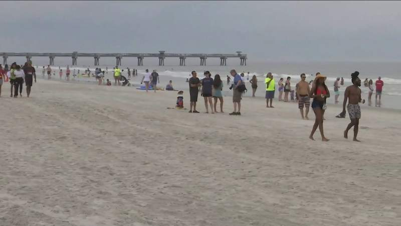 Florida Decides to Reopen Public Beaches