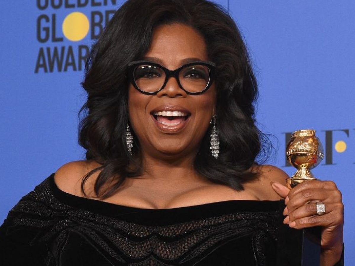 Oprah and Other Celebrities Host Facebook Graduation Ceremony